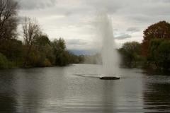 Brunnen an der Groov im Herbst