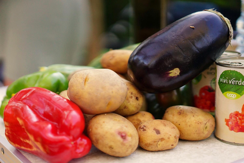 Zeigt leckere Gemüse